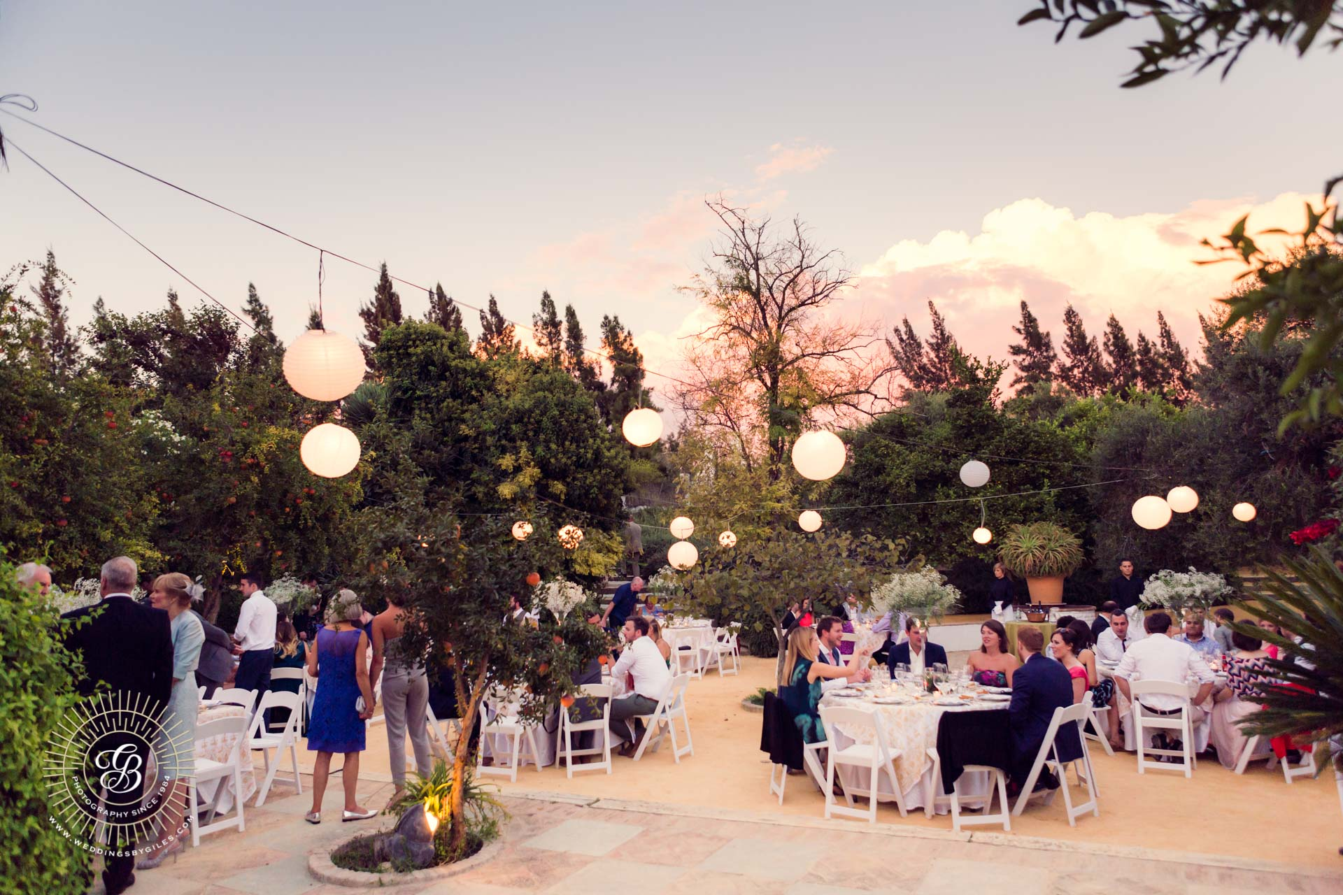 open air dinning at Spanish wedding