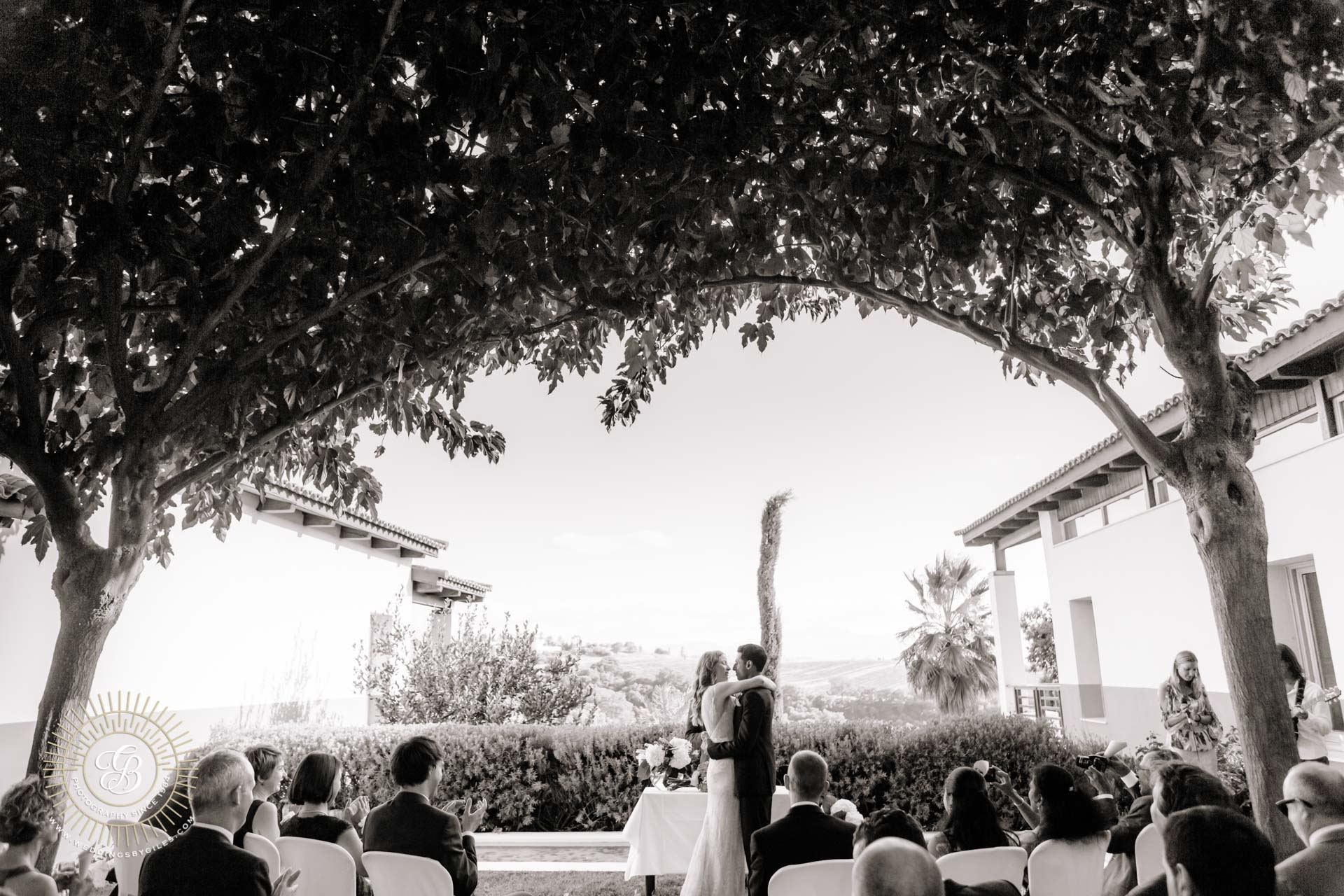 Black and white wedding ceremony in spain