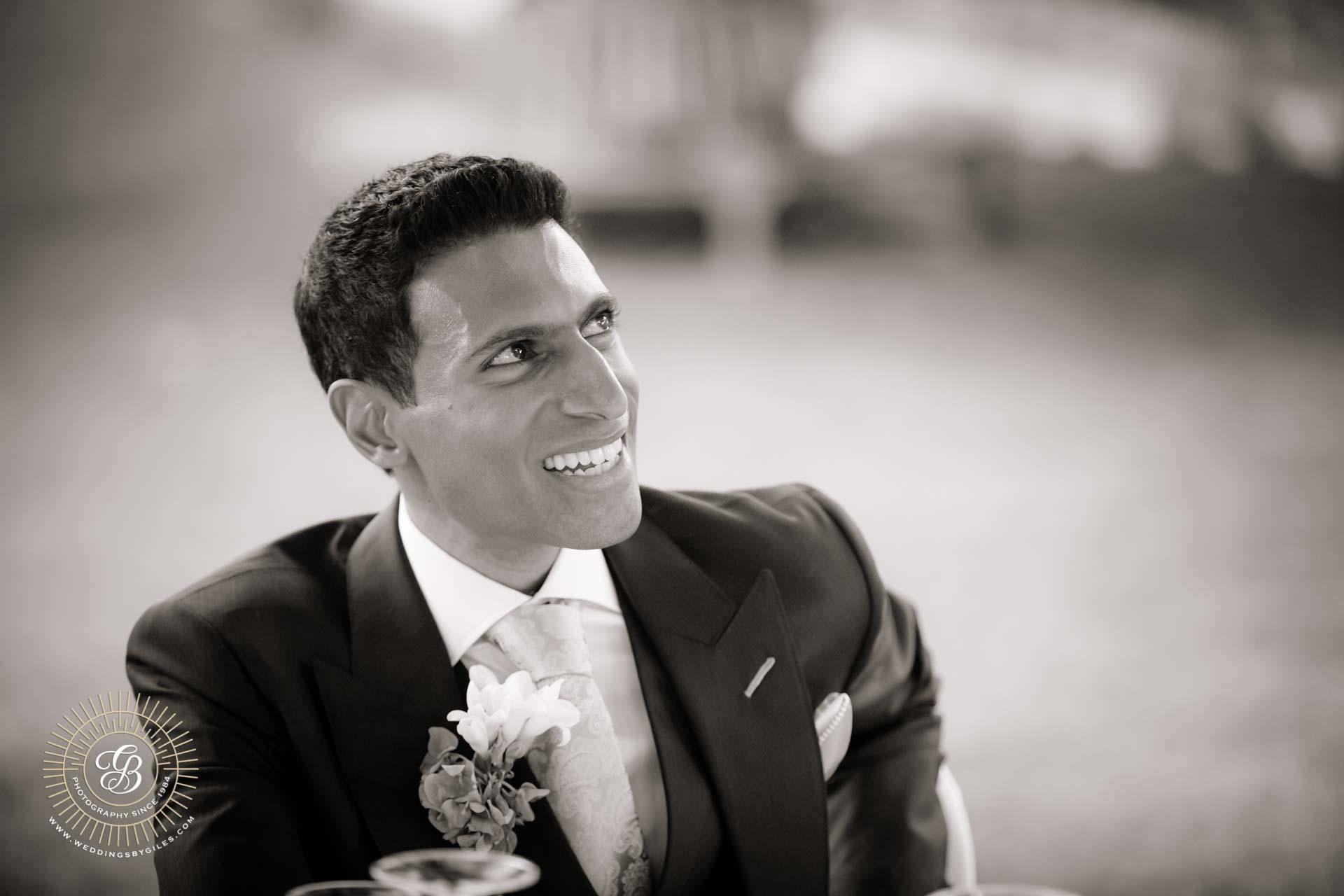 groom listen to wedding speaches