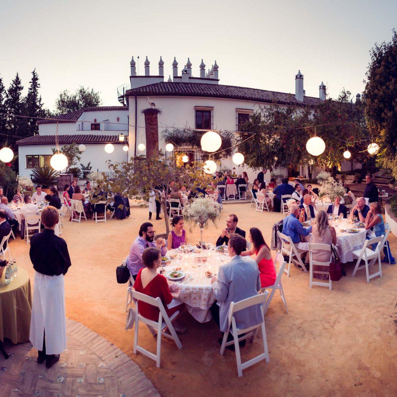 open air dinning at Faín Viejo