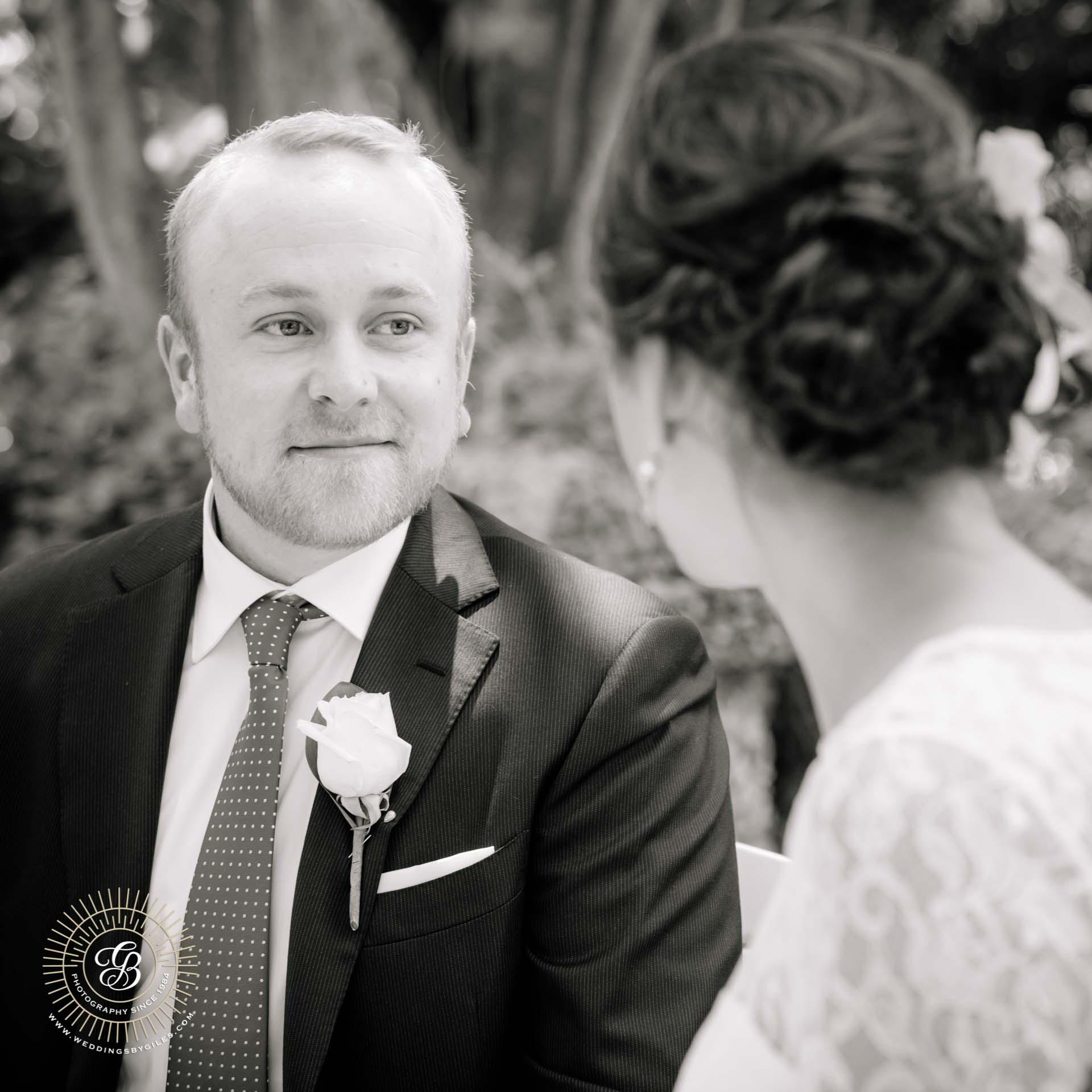 wedding elopement in the alameda gardens