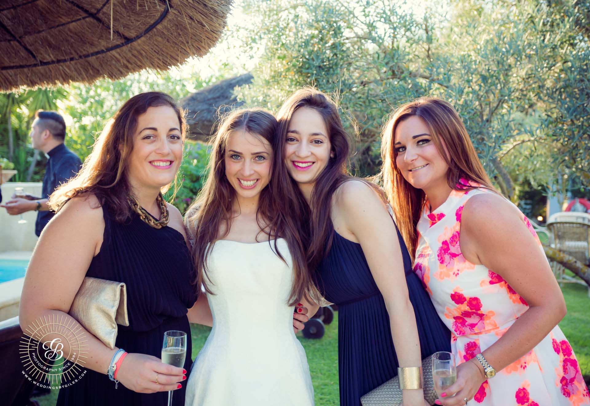 bride with her girl friends