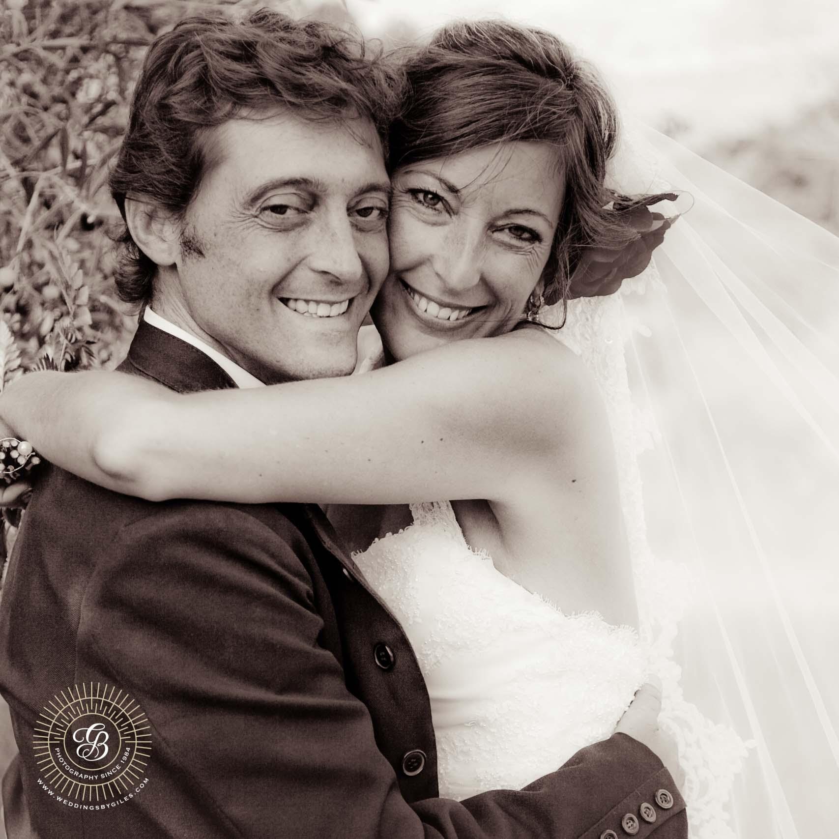 bride & groom in black & white